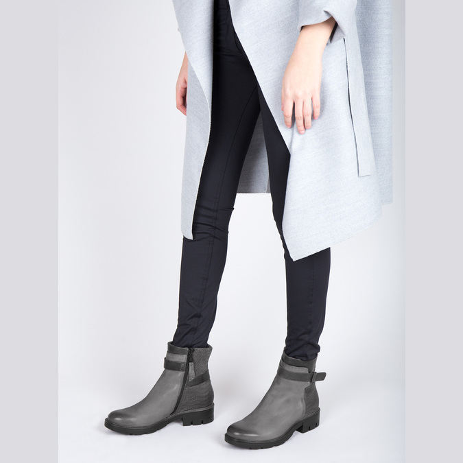 Kožená členková obuv s metalickými prvkami bata, šedá, 596-2619 - 18