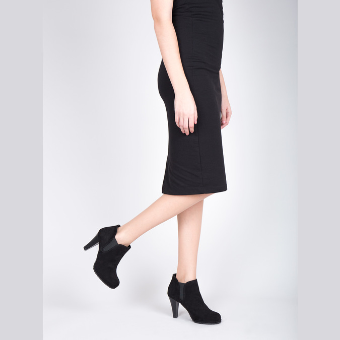 Dámska členková obuv na podpätku s pružnými bokmi bata, čierna, 799-6601 - 15
