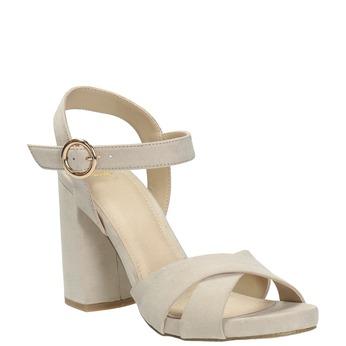 Dámske sandále na masívnom podpätku bata, béžová, 769-8602 - 13