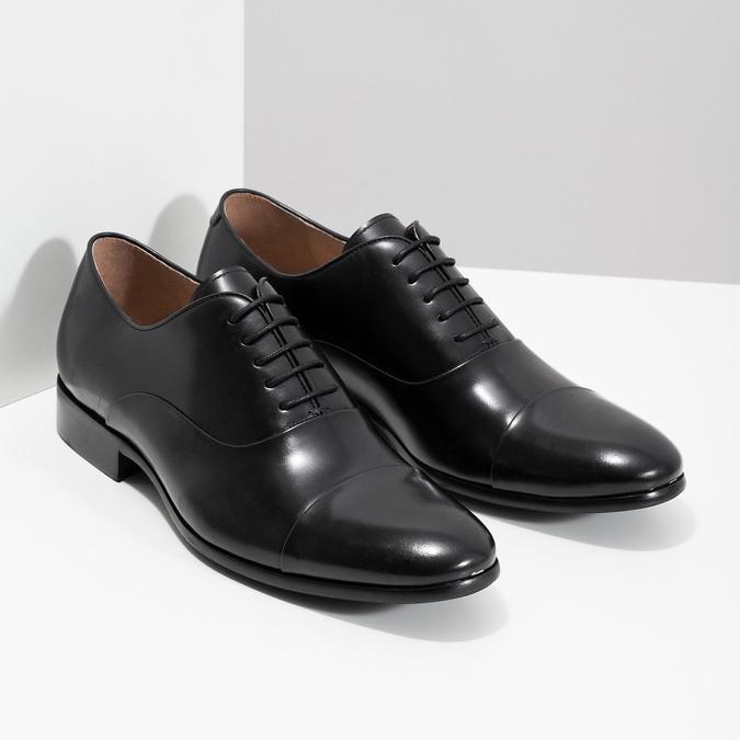 Čierne kožené poltopánky v Oxford strihu bata, čierna, 824-6626 - 26