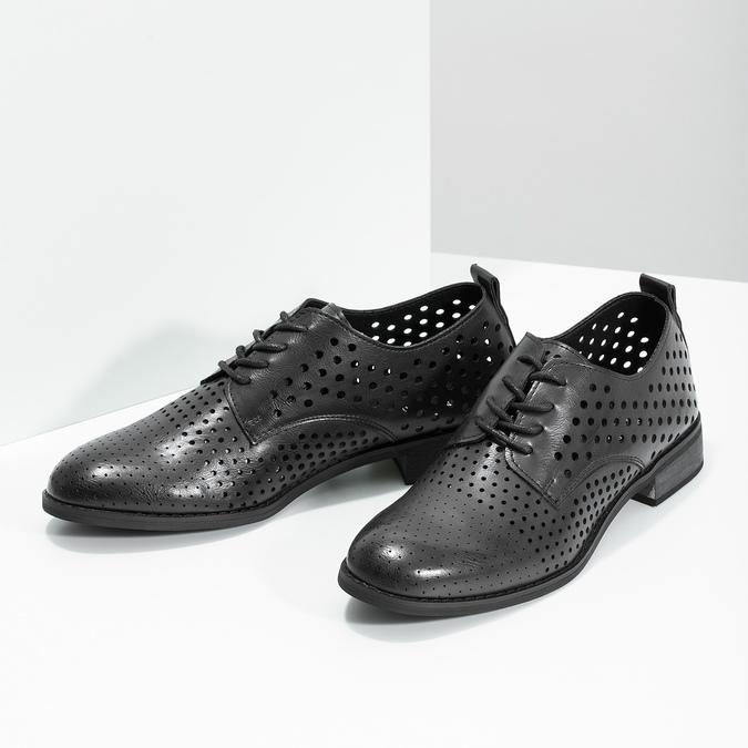 Dámske poltopánky s výraznou perforáciou bata, čierna, 521-6610 - 16