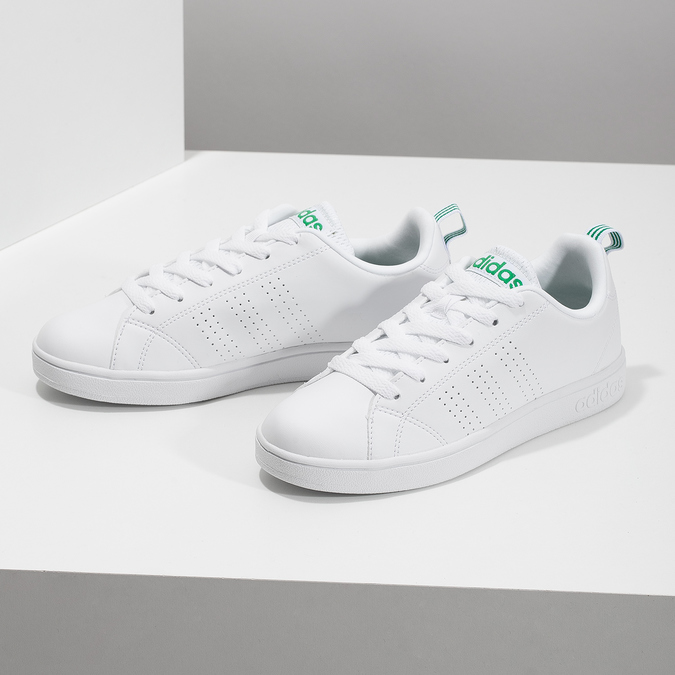 Biele tenisky so zelenými detailami adidas, biela, 501-1300 - 16