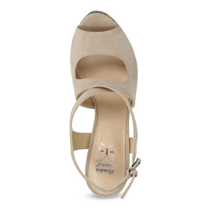 69406ebebb92 Insolia Dámske béžové sandále na kline so vzorom - Sandále