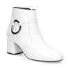 Biela kožená členková obuv s prackou bata, biela, 694-1673 - 13