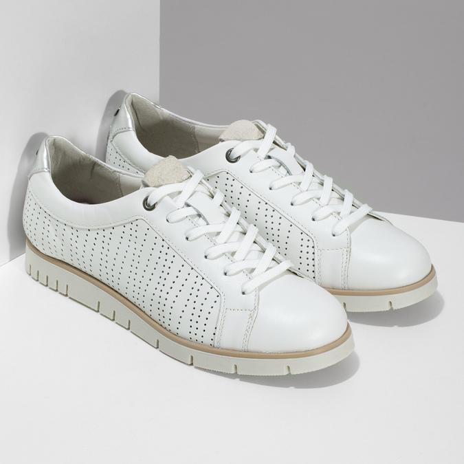 Biele kožené dámske tenisky s perforáciou flexible, biela, 524-1606 - 26