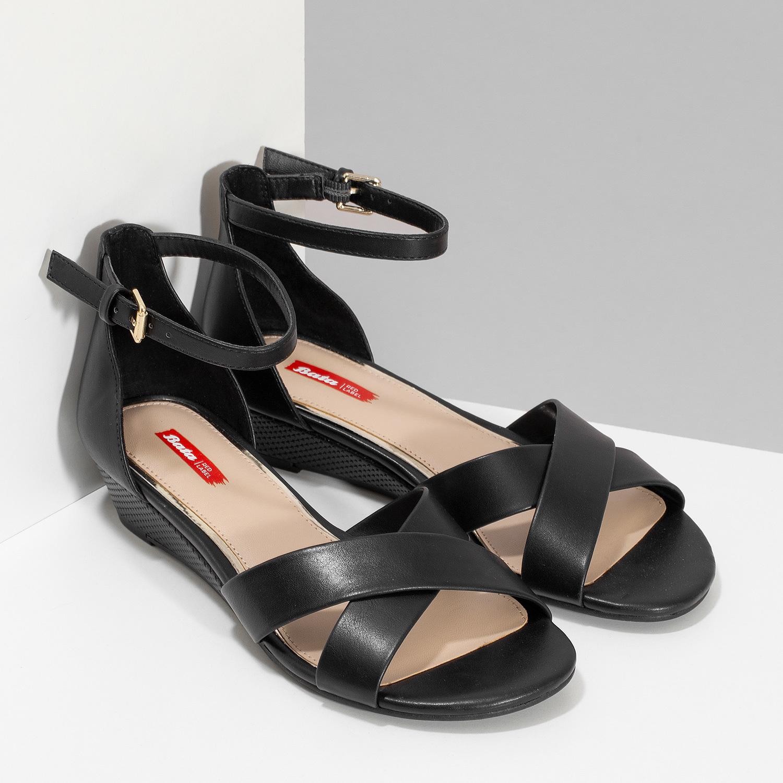 008a469270d9 Bata Red Label Čierne sandále na kline - Klinový podpätok